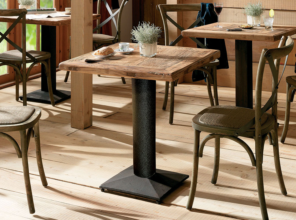 table bistrot storgard scandiprojects. Black Bedroom Furniture Sets. Home Design Ideas