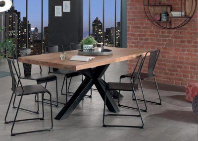 Table EASTON